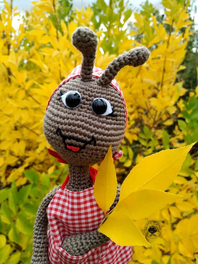 hormiga hojas